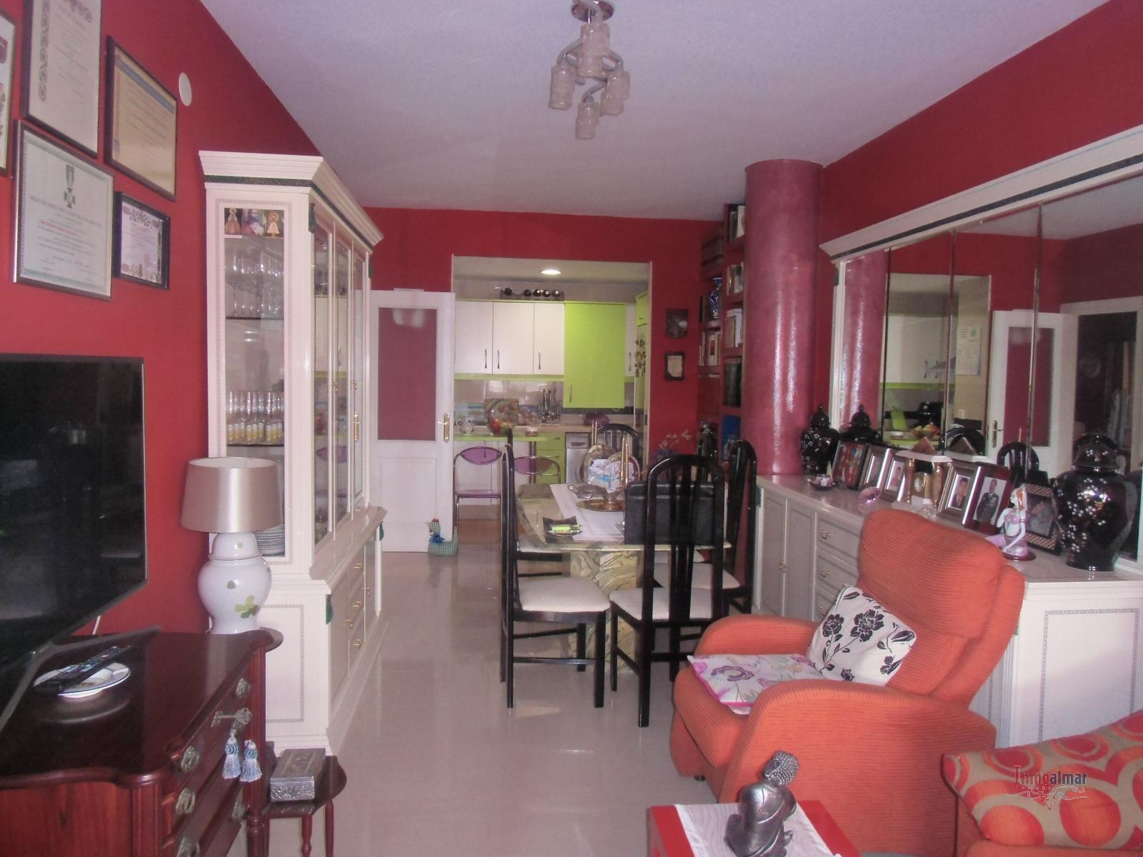 Piso en venta en Los Pacos (Fuengirola)
